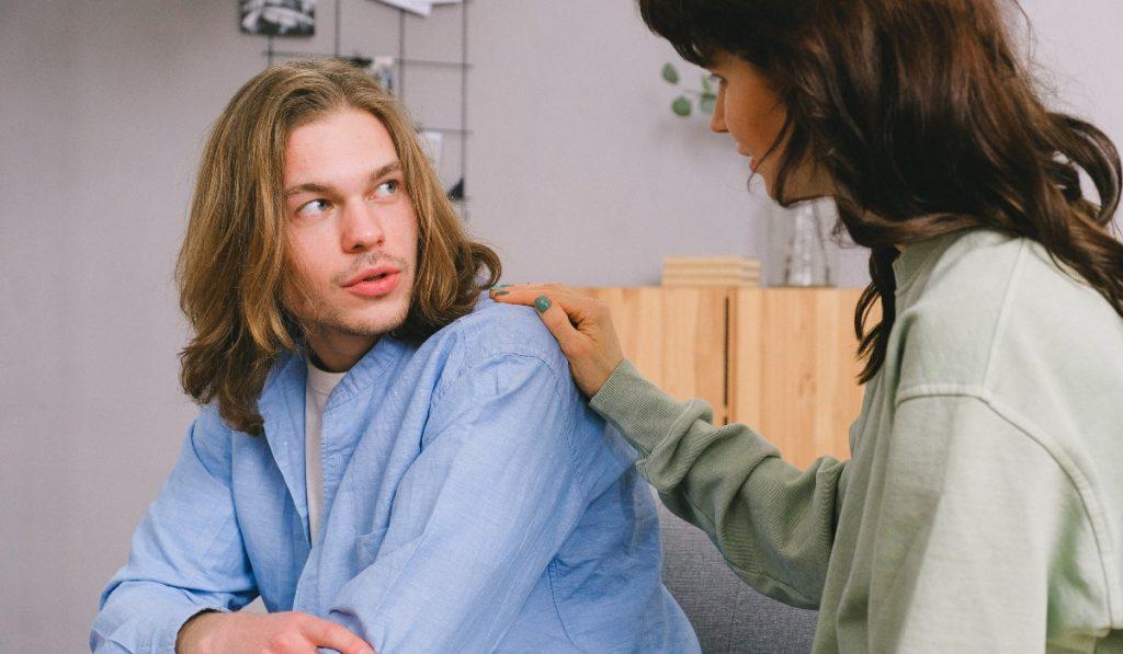 Как да помогнете на близък с шизофрения?
